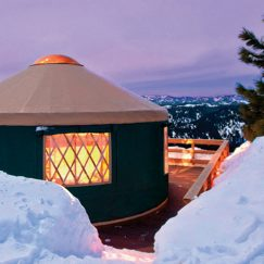 Pacific-yurt-in-winter